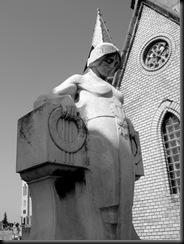Ferenc Gaal gravestone angel 1 edit