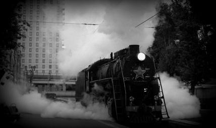soviet loco departs.NEF